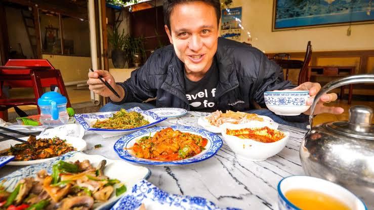 Food travel blogger
